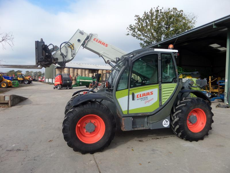 Claas SCORPION 7030 VARIPOWER