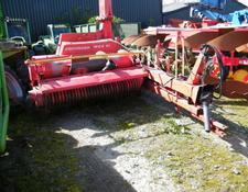 Pottinger MX6 trailed forage harvester