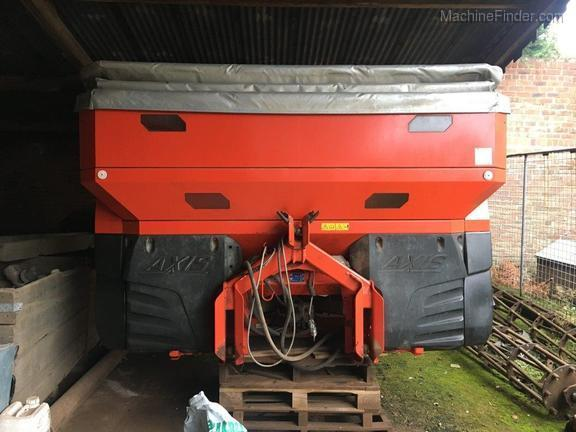 Kuhn 50.2 H-EMC-W Fertiliser Spreader