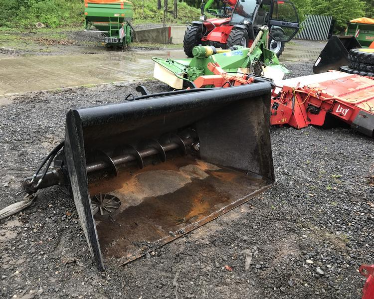 BOM Feeder/Chopper Bucket 21023806 (SAS)