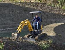 New Holland E17C Mini Excavator