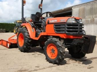 Kubota B1700 COMPACT TRACTOR FOR HIRE