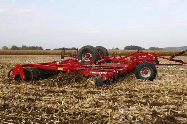 Horsch  JOKER 10/12RT