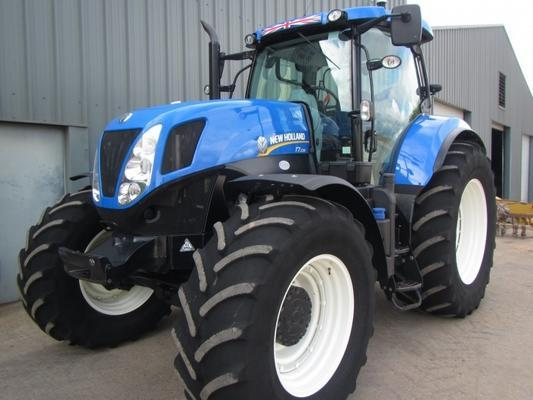 New Holland T7.235, 01/2016, 980 hrs