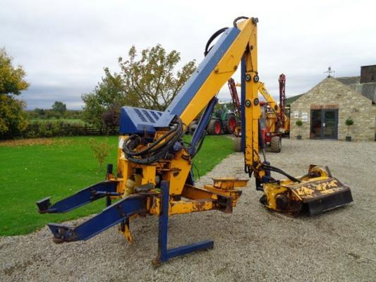 Bomford Used  Buzzard Hedgecutter