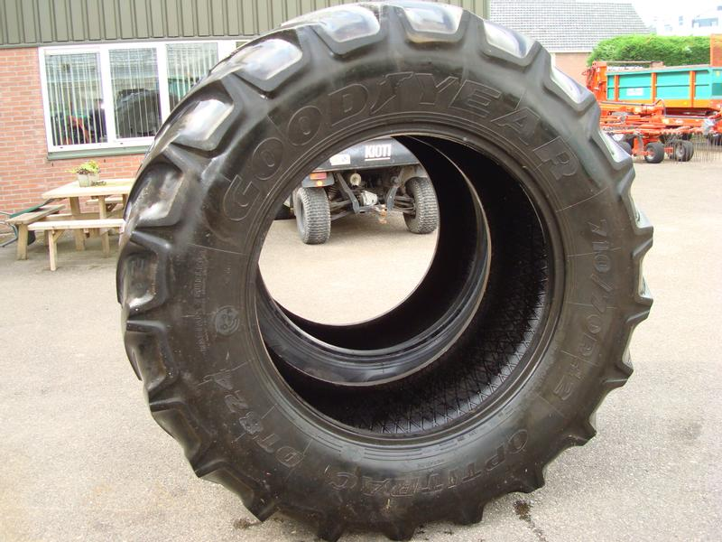 Good Year 710/70R42 Optitrac DT824