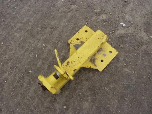 New Holland NEW HOLLAND COMBINE HITCH