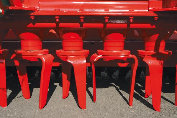 Other EX DEMO/HIRE KVERNELAND 6 METER HYDRAULIC FOLDING NG35 POWER HARROW