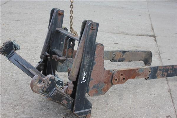 Massey Ferguson FRONT LINKAGE FOR 30 SERIES MASSEY