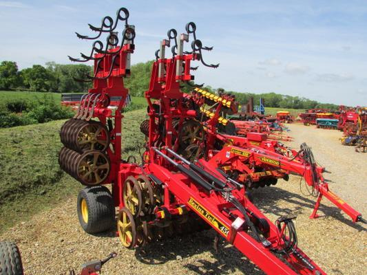 Väderstad VADERSTAD REXIUS TWIN 450 Heavy trailed press, 4.5 metre