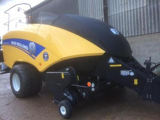 New Holland 2014  1270 BIG BALER , 120CM X 70CM BALE SIZE. ***NOW SOLD***