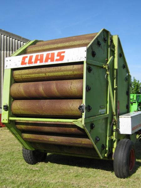 Claas Claas Rollant 85 round baler