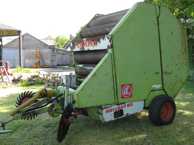 Claas  Rollant 85 round baler
