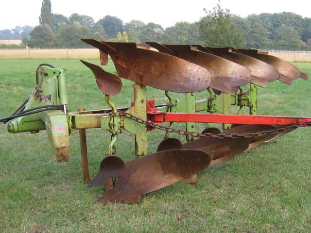 Dowdeswell DP8A plough, 4 furrow reversible
