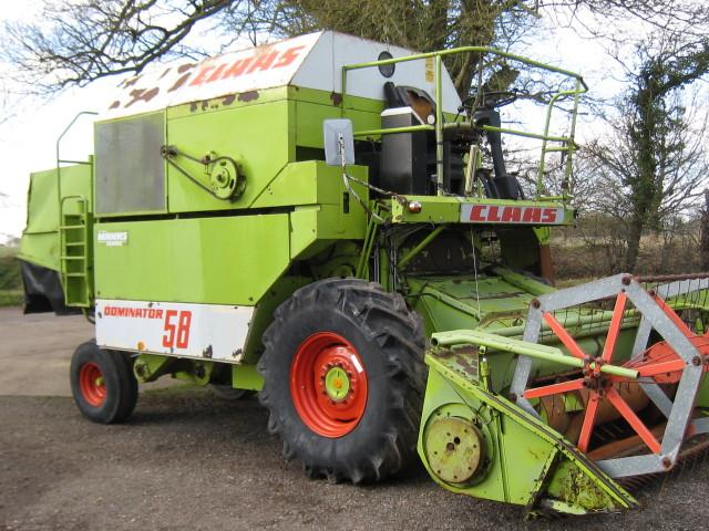 Claas Dominator 58 combine, 10'/3m header