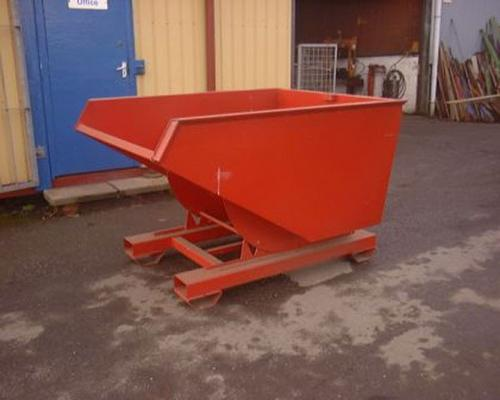 1 ton tipping skip, 4 way fork lift entry.