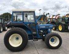 Ford 4110 III Tractor (ST5082)