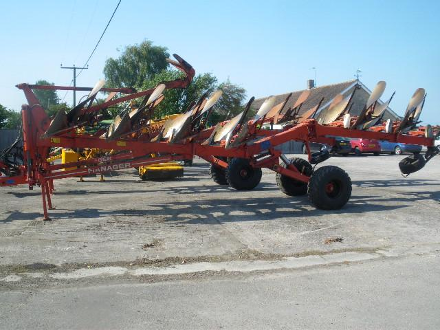 Kuhn Manager 7 furrow
