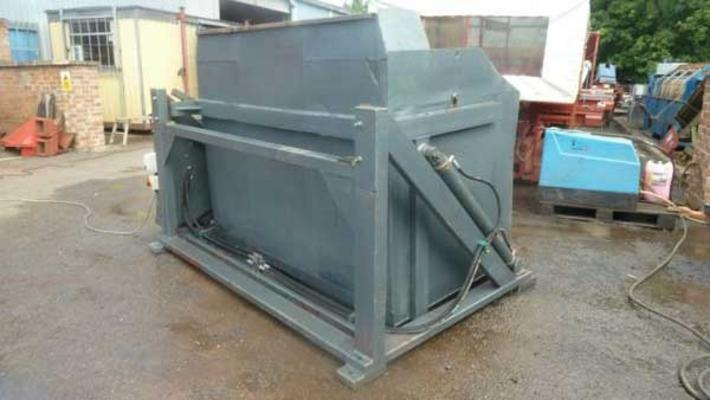 Other Cranford 1 ton box tipler.