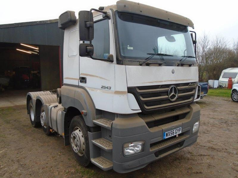 Mercedes-Benz 2543 Tractor Unit